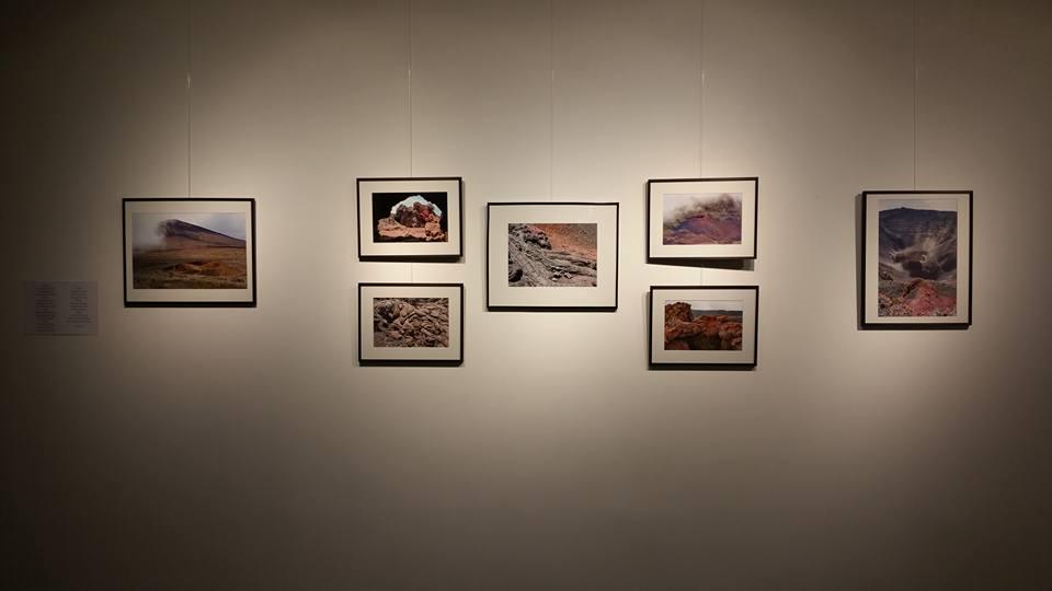 Exposition de Coulées métisses - Voyage au coeur de la Fournaise - Jean Louis Rey Photographe - Estelle Loiseau Ecrivain